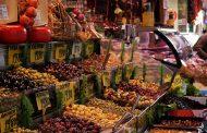 Kadıköy Tarihi Çarşısında, Büfelerle Dolu Bir Sabah
